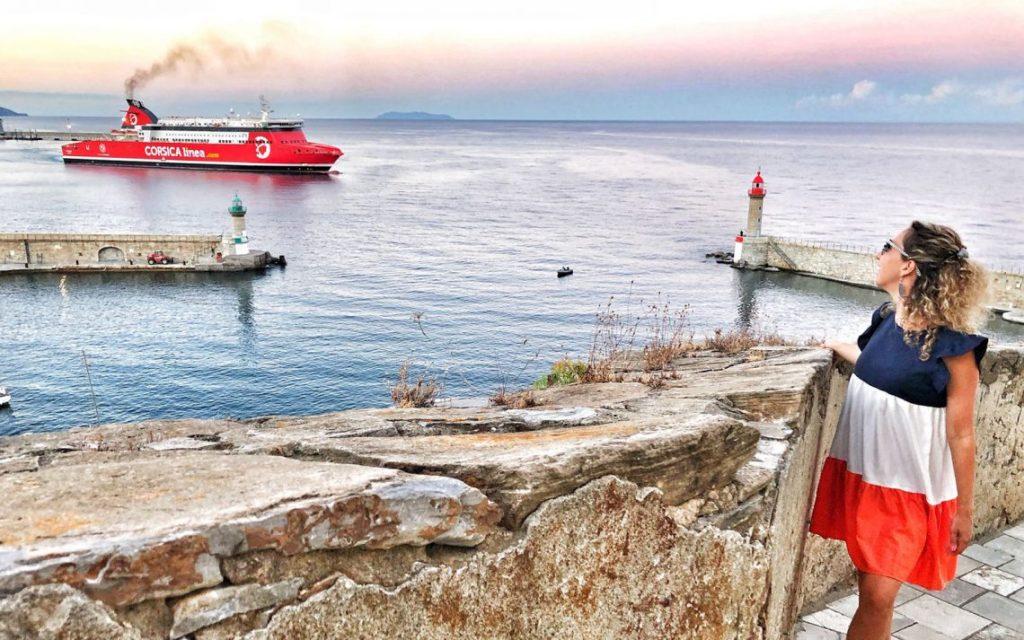 Comment se rendre en Corse: avion ou Ferry